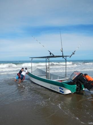 Fishing time in Gigante!